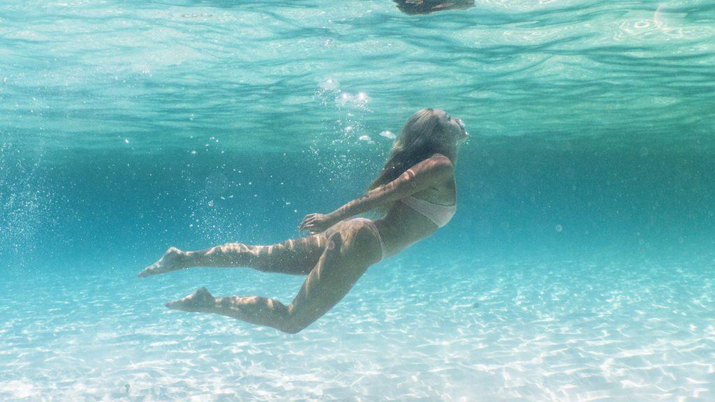 Se você está buscando os melhores hotéis em Playa del Carmen, siga Cara Jourdan e deixe-se inspirar