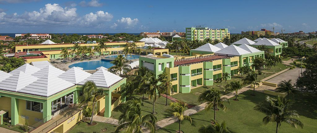 The best beaches in Varadero are at the foot of the Allegro Palma Real Hotel, your destination for trips to Cuba