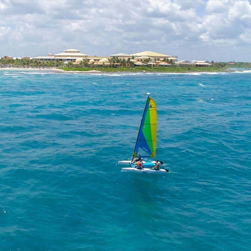 Hacer turismo de aventura con las excursiones en catamarán va a ser lo mejor de tus vacaciones en la República Dominicana