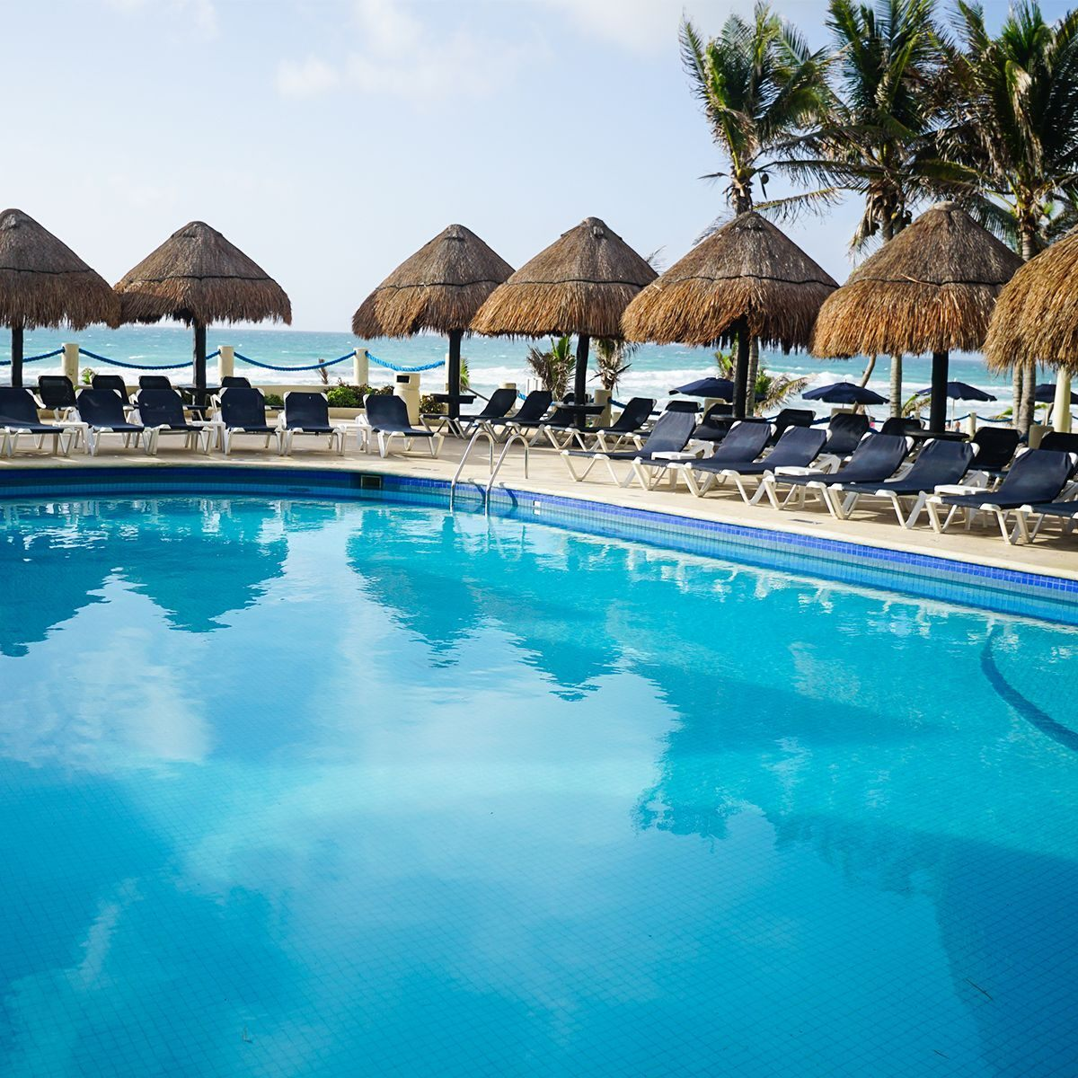 Beach hotels with a swimming pool in Cancún, Mexico