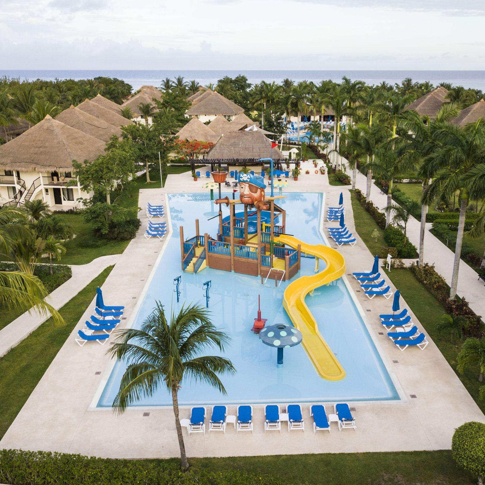 Hoteles para familias en cozumel viaje con ni os a for Hoteles para familias en la playa