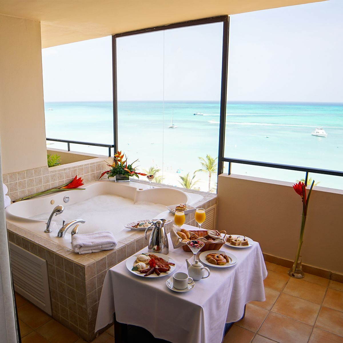 Hotel in Aruba with room service