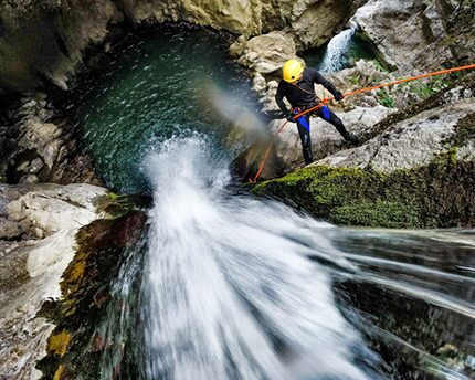 Turismo d'avventura: canyoning nel Río Verde