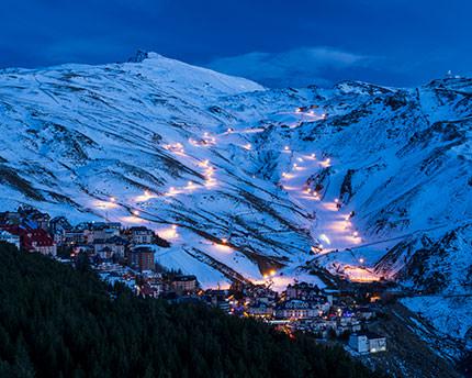 Sierra Nevada: noches de esquí y escapadas legendarias