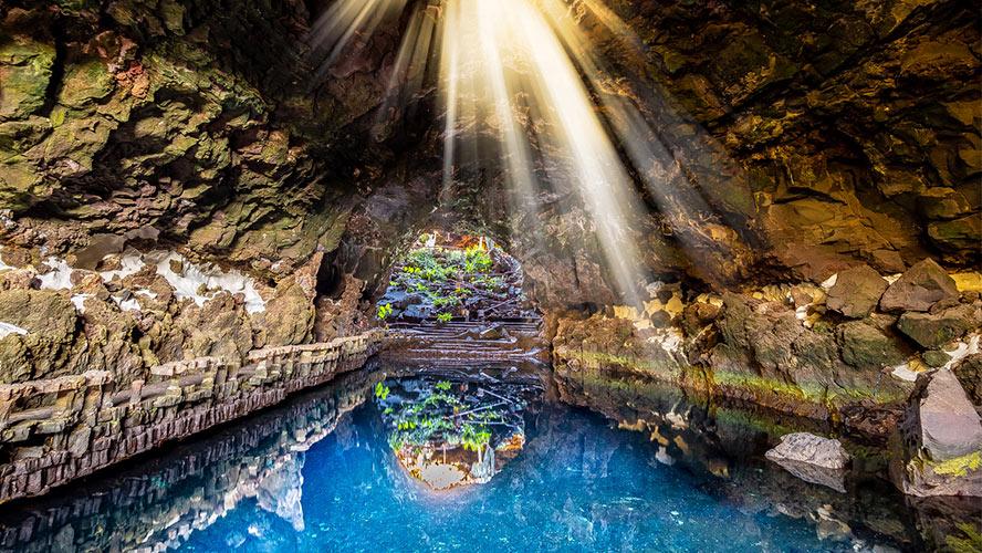 tuneles volcanicos jameos del agua lanzarote