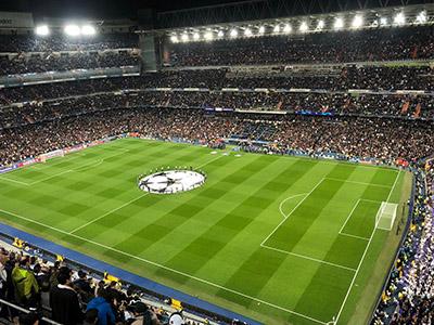 Partido de Champions League en el Bernabeu