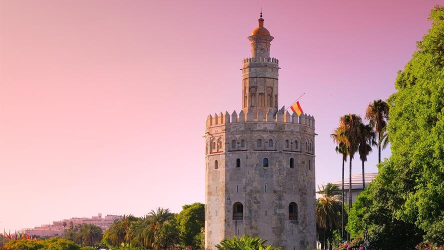 Torre del Oro en el Arenal de Sevilla