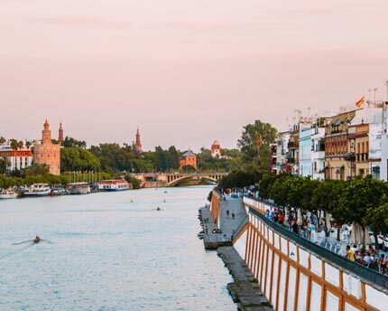 Calle Betis: the most scenic street in Seville