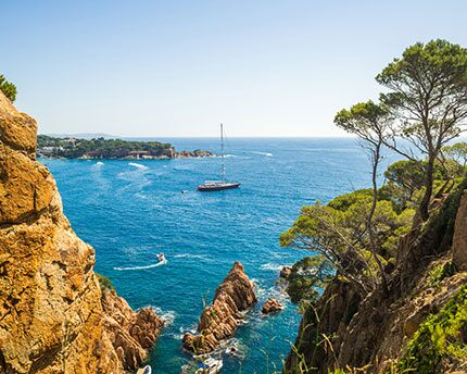 Costa Brava, unspoilt coves and fishing villages