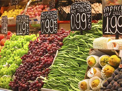 Productos frescos en el Mercado de la Boquería