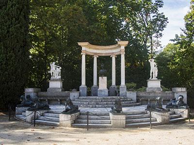Altar en el Parque de El Capricho