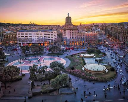 La Plaza de Catalunya, el corazón de Barcelona
