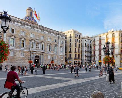 Plaça de Sant Jaume, a thousand-year-old icon of Catalan political power