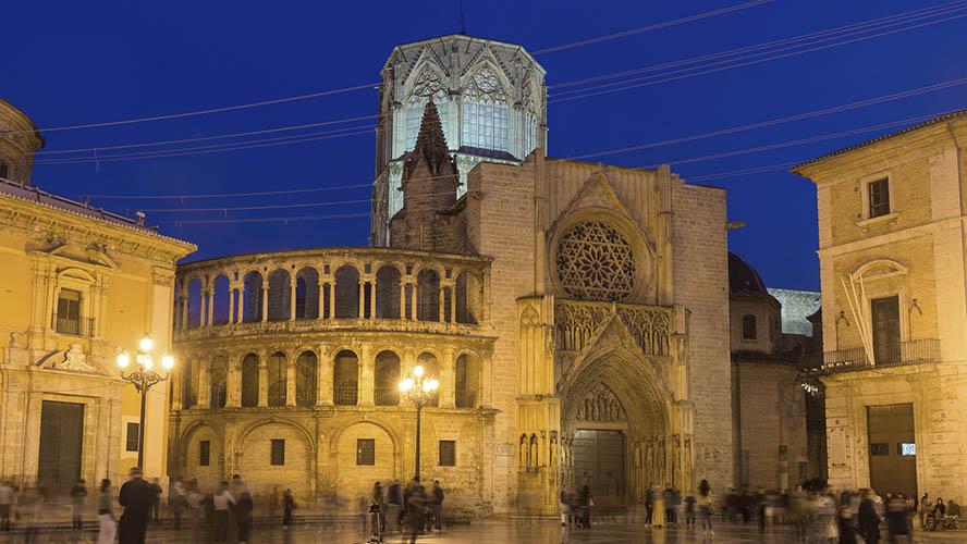 Catedral de Valencia iluminada