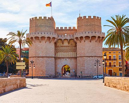 Torres de Serranos, la antigua puerta de la Valencia medieval