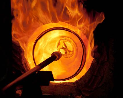 Glass factories in Majorca. The art of glass blowing