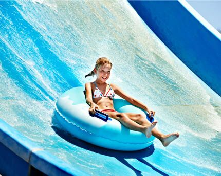 Water parks, with descents from dizzying heights in Majorca