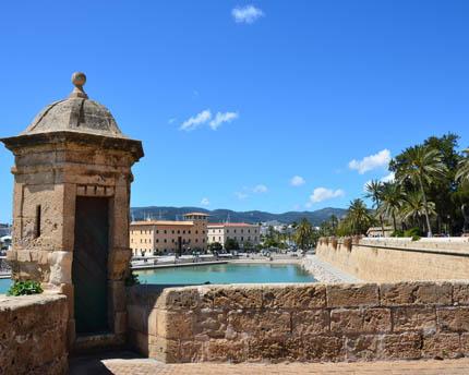 Palma's Maritime Promenade, a balcony over the Mediterranean