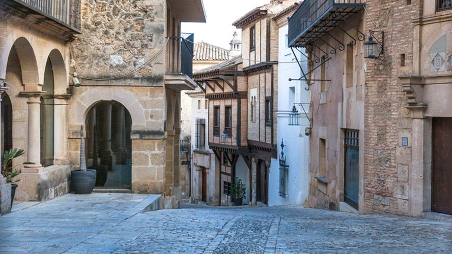 pueblo-espanol