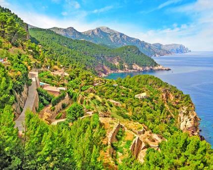 The Tramuntana mountain range, the backbone of Majorca