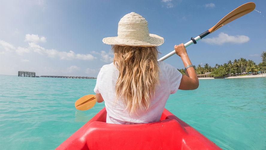 menorca-cala-galdana-kayak