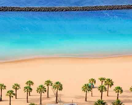Playa de las Teresitas, the pleasure of a golden sand beach