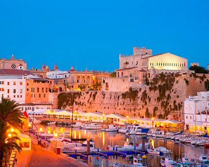 The Ciutadella port: gastronomy and a great atmosphere