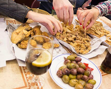 Cádiz's traditional cuisine, beyond prawn fritters