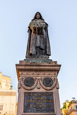 Estatua Campo dei Fiori