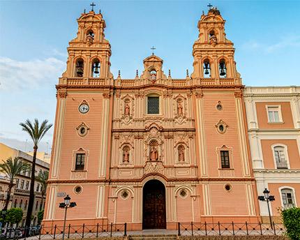 fachada de la catedral de huelva