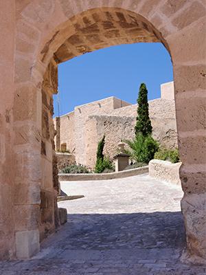 Arco castillo de santa bárbara
