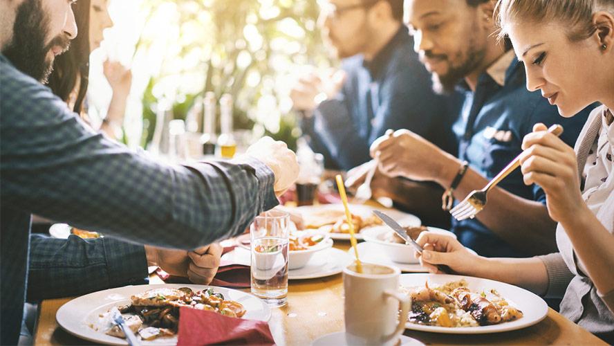 Restaurantes Y Bares Dónde Comer Barato En Granada