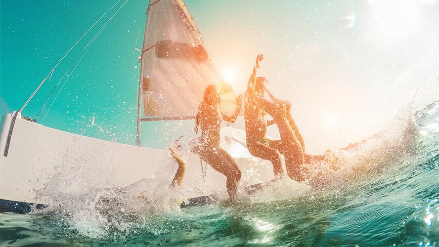 diversión en barco en Ibiza