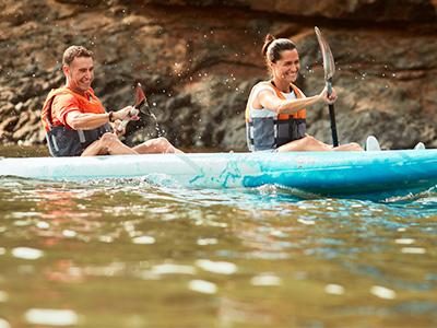 pareja en Kayak en Ibiza