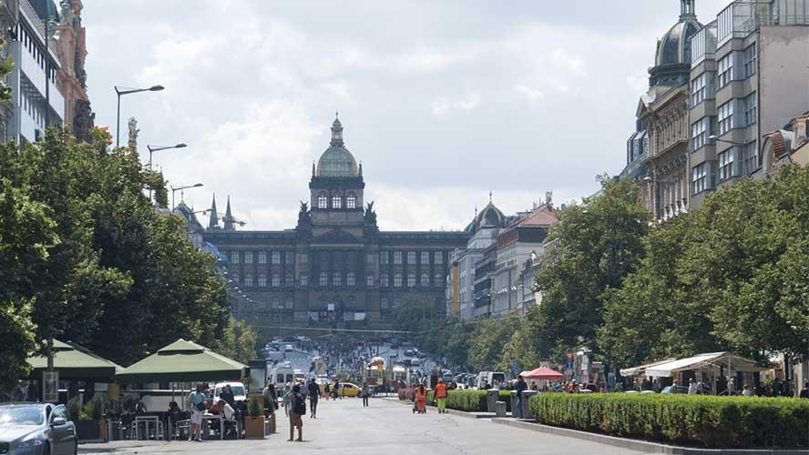 Concurrida plaza de Wensceslao
