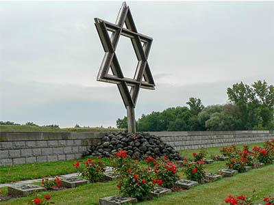Monumentos en el campo de concentración de Terenzin