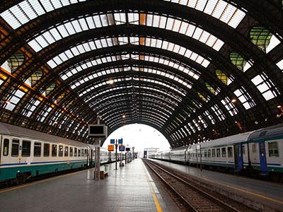 Trenes en la Estación Centrale Milán