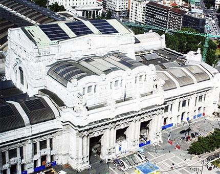 Estación Central de Milán, blanca y majestuosa