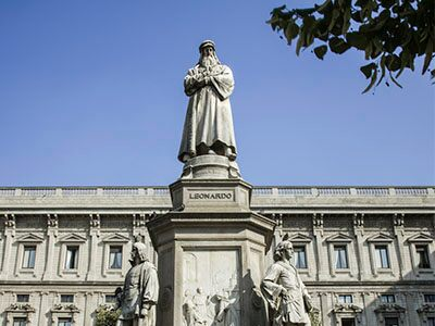 Estatua de Da Vinci