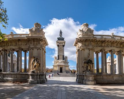 Descubre los mejores sitios para hacer fotos en Madrid
