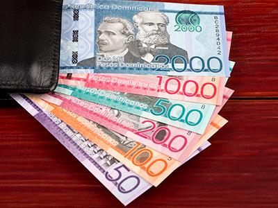 dinero republica dominicana