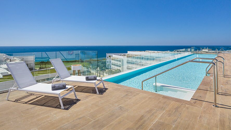 cadiz-conil-playa-terraza-b-heaven